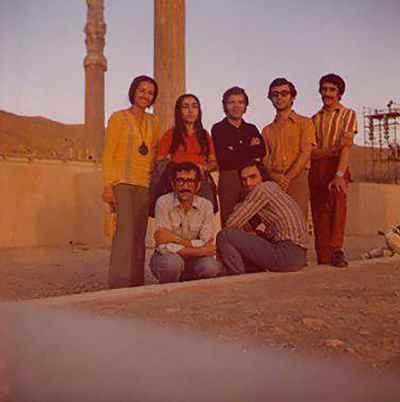 پایین راست: حسین علیزاده، حدادیان - بالا راست: رضوی، داریوش طلایی، جلال ذوالفنون، علیپور، مانی زاده