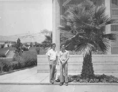 از راست: داریوش طلایی، کیانی - شیراز