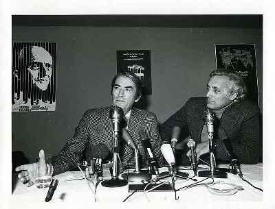 از راست: منوچهر انور، گریگوری پک،  دومین جشنواره جهانی فیلم تهران- سال1352