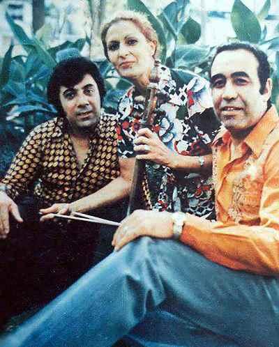 از راست: حسین خواجه امیری (ایرج)، ژاله علو،  اکبر گلپایگانی