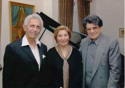 فخری ملکپور به همراه محمدرضا شجریان و فرهنگ شریف