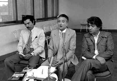 از راست: عزت الله انتظامی، فرخ غفاری، علی نصیریان