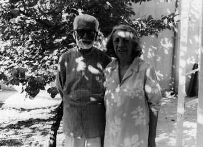پدر و مادر داریوش طلایی