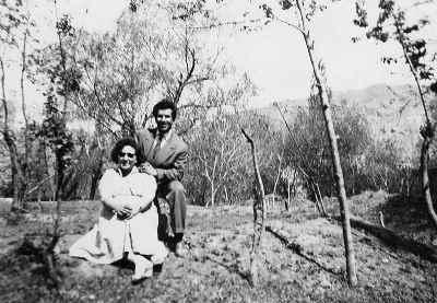 مادر و پدر رزیتا شرف جهان