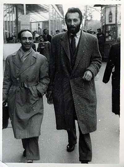 از راست:  منوچهر انور،  حسن سیار - سال 1936- پاریس