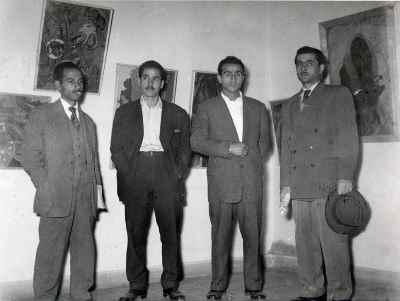 سیراک ملکنیان در دوران جوانی (نفر سوم از راست) - تهران - سال 1954