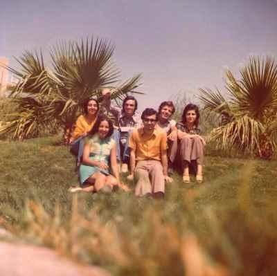 پایین راست: داریوش طلایی، مارتا مانی زاده -  بالا راست: خانم ذالفنون،  جلال ذالفنون، حسین علیزاده، منیژه علیپور