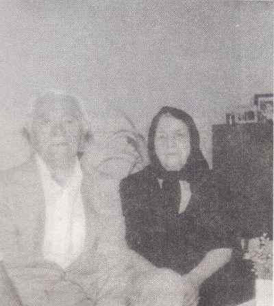 محمد قاضی و همسرش