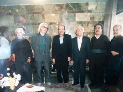 از سمت راست به ترتیب احمد قاضی، جعفر ماملی، محمد قاضی، عزیز کیخسروی، رشید کیخسروی، محمدامین کیخسروی
