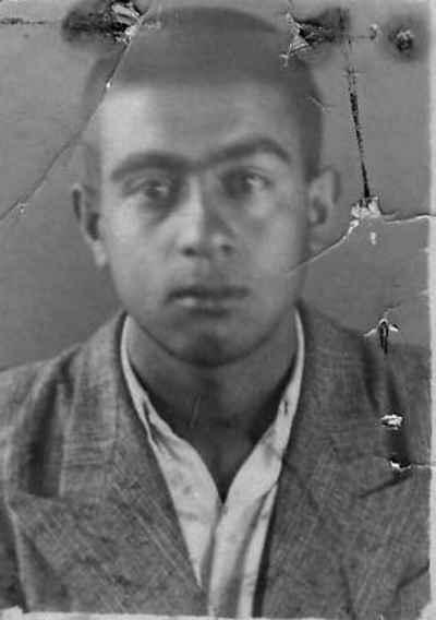 عبدالله انوار در دوران جوانی