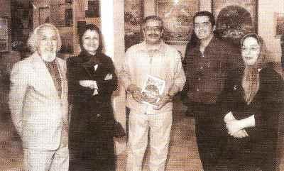 حسین محجوبی (سمت چپ)