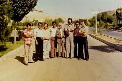 از راست: حسین علیزاده، داریوش طلایی، پرویز مشکاتیان، فرنام. ناشناس.  داوودگنجه ای، شفیعیان، محمد مقدسی