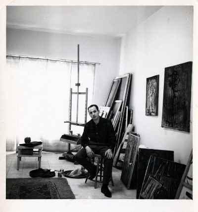 سیراک ملکنیان -  استودیو درروس در تهران - سال 1964