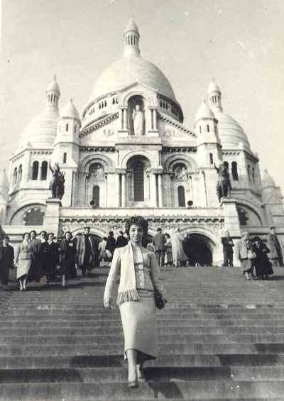 ایران درودی در دوران جوانی - دوران دانشجویی ایران درودی در پاریس