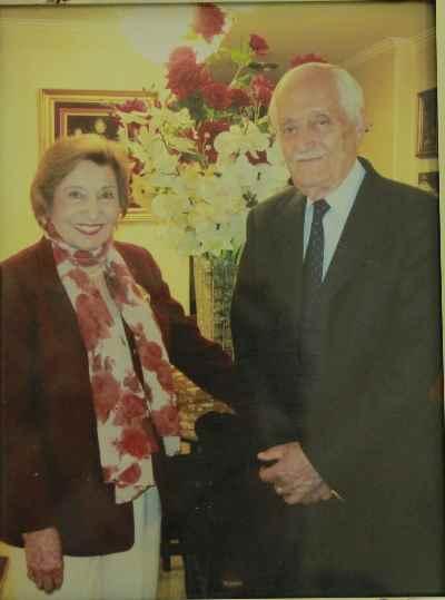 فخری ملکپور به همراه دکتر رضا مدرس