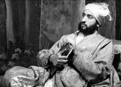 عبدالوهاب شهیدی در تابلو موزیکال رویای حافظ