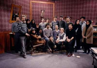 نمایش اقدام به قتل -تهیه کننده : اسماعیل شنگله، کارگردان: ابوالحسن داوودی- سال ۱۳۶۶
