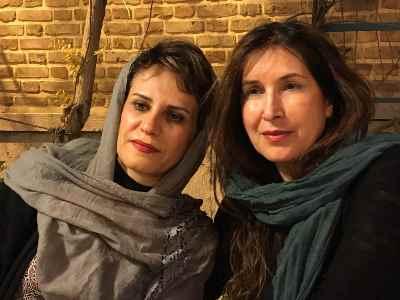 از راست:  فرح سید ابوالقاسم، آریا اقبال