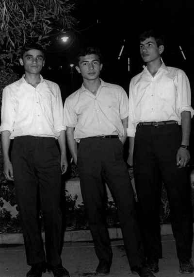از راست: بابک خضرایی، داریوش طلایی، حسین علیزاده
