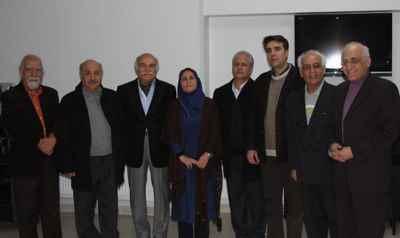 از راست: محمد سریر، تقی ضرابی، حمیدرضا نوربخش، داریوش پیرنیاکان، ناشناس، ناشناس، داوود گنجه ای، نصرالله ناصرفر