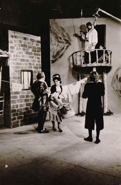 تاتر انیس مندو اثر مریمه - کارگردان مهین اسکویی، تلویزیون ملی -  سال ۱۳۴۱