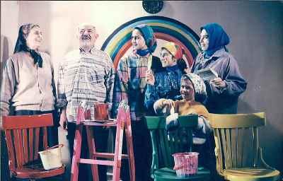 از راست: هما روستا، ژاله علو (نفر آخر) - فیلم زن امروز