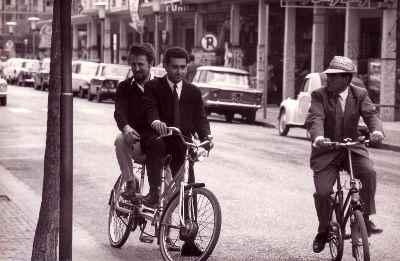 اسماعیل شنگله در دوران جوانی - آکادمی هنرهای نمایشی وین- عکس در ایتالیا