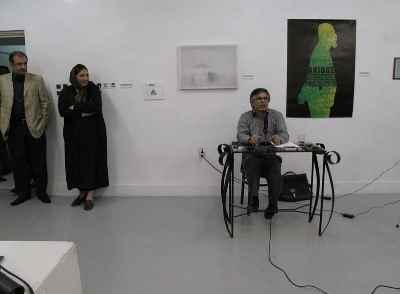 از راست: حمید سوری، رزیتا شرف جهان