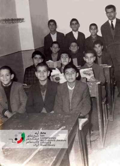 احمد پوری در کلاس ششم ابتدایی ۱۳۴۳